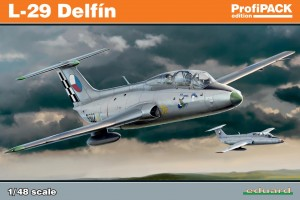L-29 Delfín (1:48) - 8099