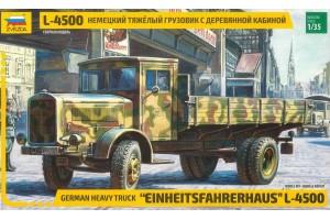 L-4500 Einheitsfahrerhaus (RR) (1:35) - 3647