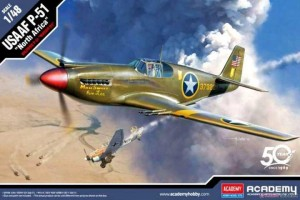 "Model Kit letadlo 12338 - USAAF P-51 ""North Africa"" (1:48)"